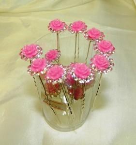 Шпильки с розовыми цветочками