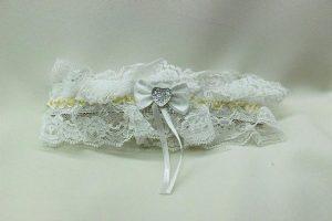 Подвязка невесты белая с золотом