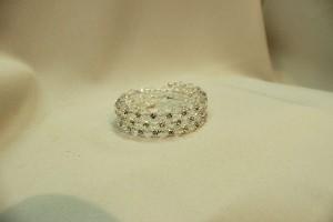Браслет на руку невесты бижутерия