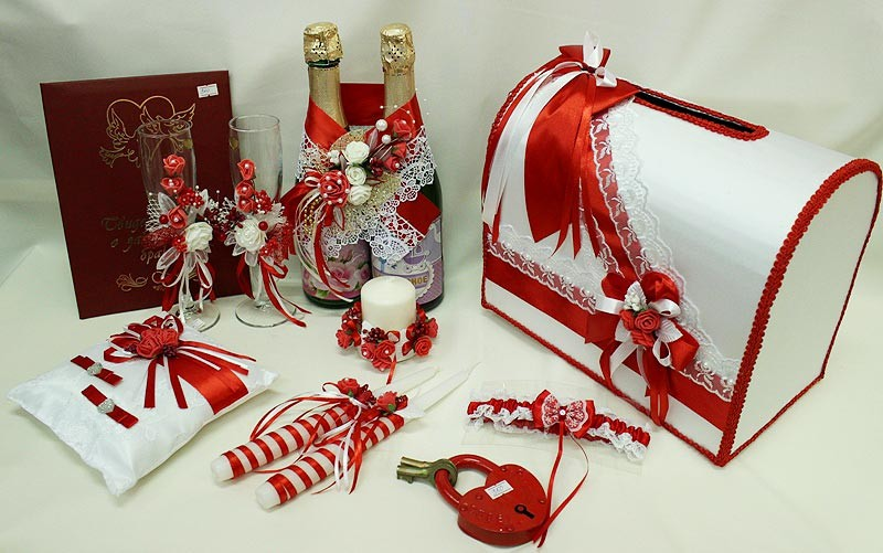 Набор свадебный красный