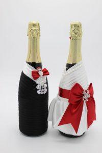 Украшение на шампанское жених и невеста красное