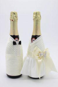 Украшение на шампанское жених и невеста айвори
