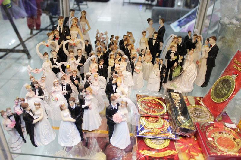 Фигурки на свадебный торт в ассортименте