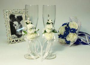 Свадебные-бокалы-белые