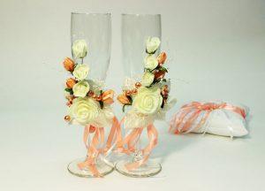 Свадебные-бокалы-персиковые