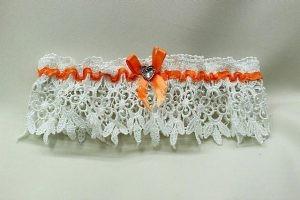 Подвязка невесты белая с оранжевым