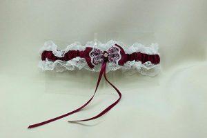 Подвязка невесты белая с бордовым