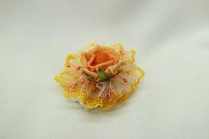 Браслет на руку подружки невесты персиковый