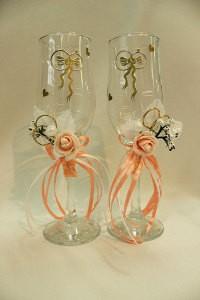 Свадебные бокалы персиковые