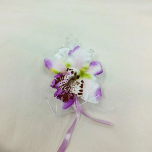 Бутоньерка сиреневая орхидея для жениха. Свадебные аксессуары