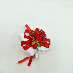 Бутоньерка для жениха красная с белым. Свадебный салон
